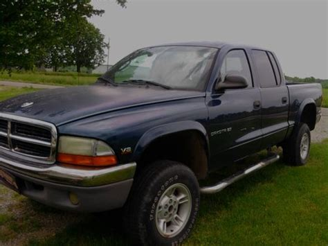 2000 dodge dakota 4 door find used 2000 dodge dakota slt 4 door crew cab 4x4 4 7
