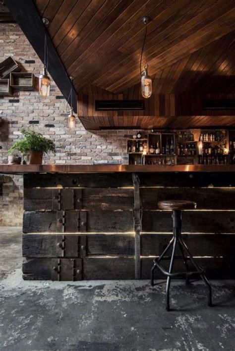 comptoir bar design le comptoir en bois recycl 233 est une tendance 224