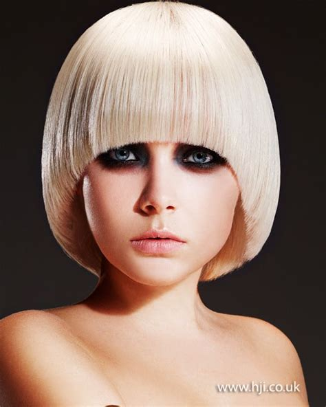concave and convex haircut be350c68953260c56e1f55e8a8aed72a hairdressers
