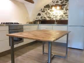 table de cuisine moderne en bois