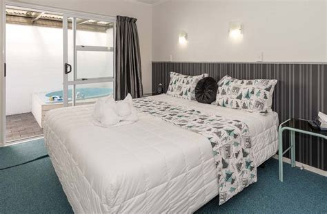 1 Bedroom Unit by Book At Palm Court Rotorua 1 Bedroom Motel Unit