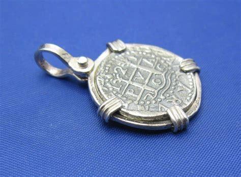 1 reale atocha shipwreck treasure coin replica pendant