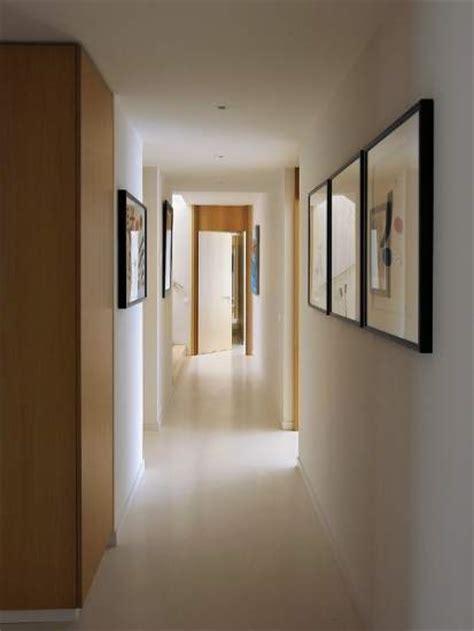 como pintar el pasillo de mi casa largo estrecho y dif 237 cil c 243 mo decorar el pasillo de casa