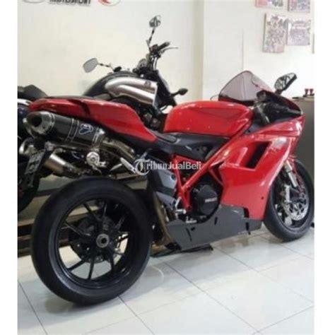 motor sport ducati evo 848 second tahun 2011 warna merah