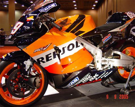 Miniatur Motor Ducati World Cycle Series Maisto Sport Diecast Motor newray hayden 05 garasi diecast