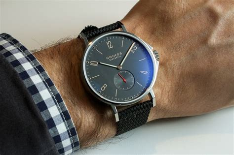 Nomos Ahoi Atlantik Hands On   aBlogtoWatch