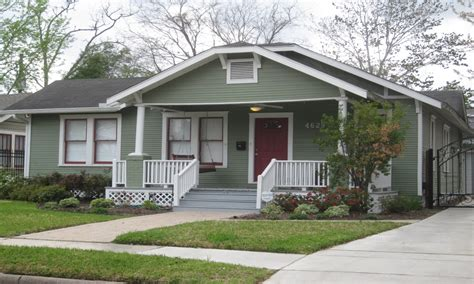 bungalow exterior paint ideas bungalow exterior house paint colors images of bungalow houses