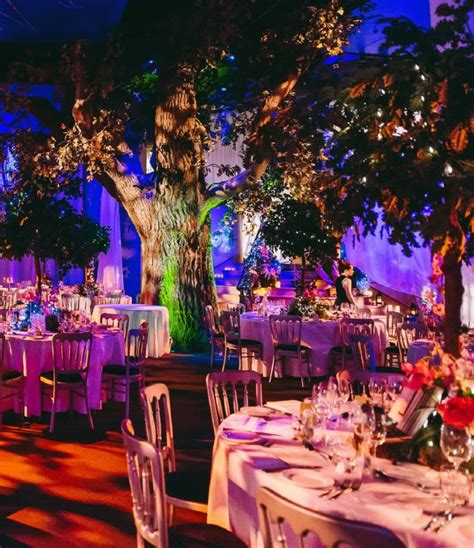 shakespeare themed events shakespeare globe at christmas corporate christmas parties
