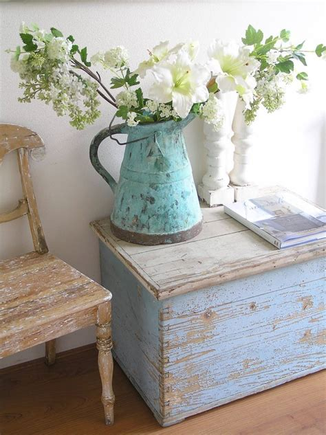 home decor distressed patina chippy white shabby vintage