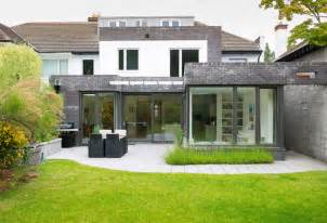 Modern House Exterior Patio Design Wooden Pergola Canopy Fireplace » Modern Home Design