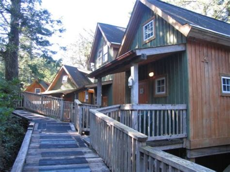 Ucluelet Accommodation Cabins by Terrace Resort Ucluelet Bc