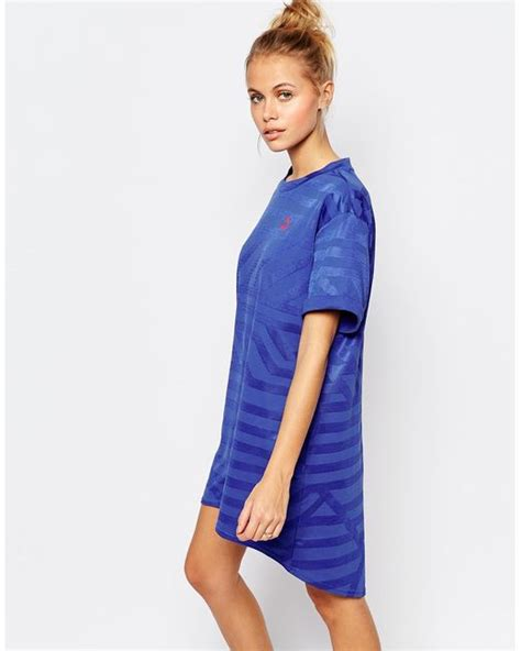 Oversize T Shape Dress Light Blue oversized t shirt dress with small logo in blue lyst