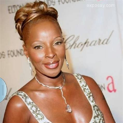 mary j bilge hair styles over the years mary j blige s top 10 hairstyles over the years