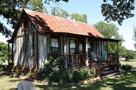 tiny houses texas aubrey architectural salvage sustainable reuse and repurpose