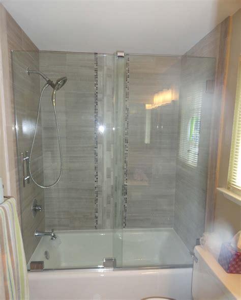 Manhattan Shower Door Manhattan Shower Doors Manhattan New Era 6 Bifold Shower Door 800mm C80f4866ncc Manhattan New