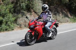 most comfortable sportbike 2013 beginner sportbike shootout part 2 video