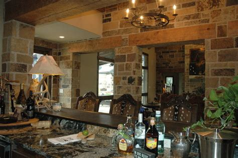 Ponderosa Ranch House   Traditional   Family Room   Austin