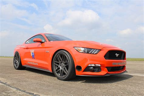 worlds fastest ford mustang 245 mph s550 inside the world s fastest 2015 mustang