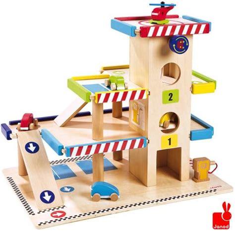 garage jouet club bol janod garage met auto s en helicopter janod