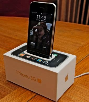 how much is an iphone 4s charger turn an iphone box into an iphone dock