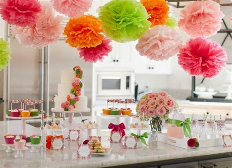 como decorar bolo efeito cesta p q nos detalhes flores e lanternas de papel para decorar