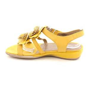 yellow leather sandals walking sandals