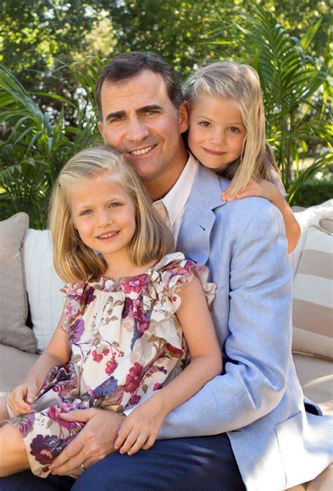 las hijas de espana coronaci 243 n felipe vi nuevas fotos del pr 237 ncipe felipe con sus hijas