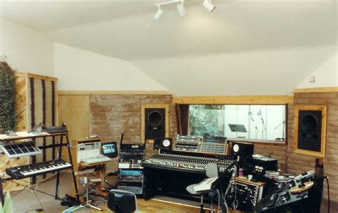 Major Uk Recording Studio Goes Green With Solar Power by Sustainable Architects Green Building Design Greg Madeen