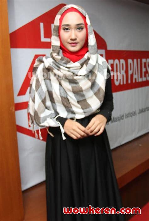 short biography dian pelangi foto dian pelangi di jumpa pers let s act indonesia for