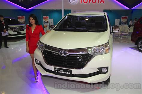 2015 Toyota Grand New Avanza toyota grand new avanza front quarter at the 2015 iims