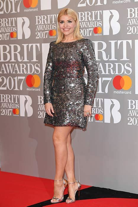 Brit Awards Fashion by Willoughby S Brit Awards Style Get The Look Photo 1