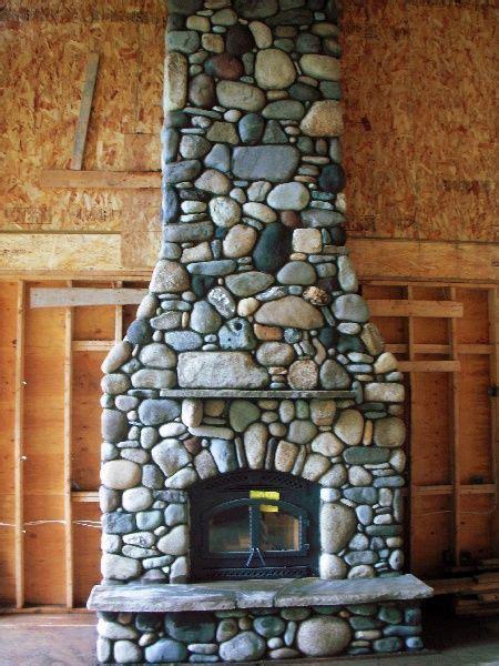 river rock fireplace design best 25 river rock fireplaces ideas on rock fireplaces river rock and rock