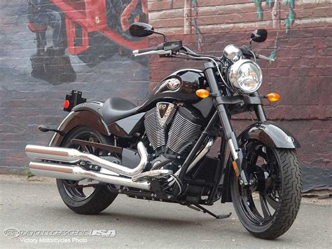 Motorrad Victory by Victory Motorcycles Born To Ride