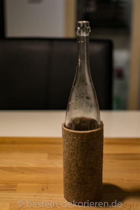 le flaschen herbstdekoration aus flaschen bastelanleitung basteln