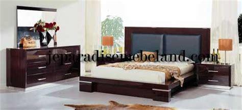Tempat Tidur Dipan Kamar Tidur Design Hotel Apartemen Villa Ranjang kamar tidur utama minimalis jual mebel jepara