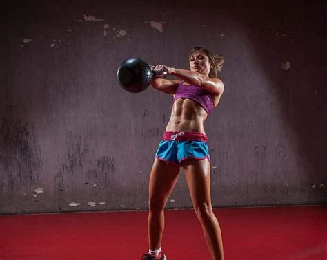 kettlebell swings calories burned 9 kettlebell swing benefits the moves to try