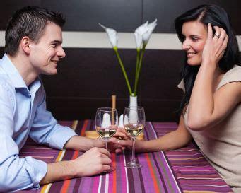 hal kecil yg membuat wanita jatuh cinta 10 hal kecil yang bisa membuat pasangan semakin cinta