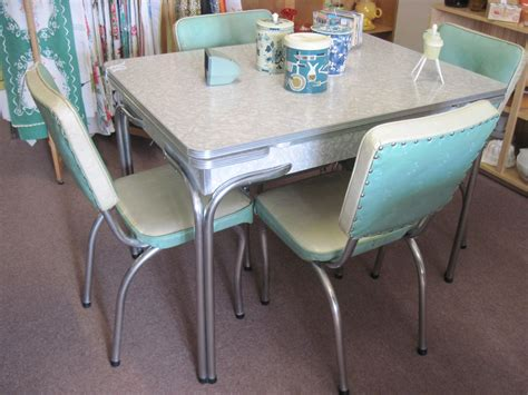 fifties style kitchen tables cracked table and chairs vintage kitchen