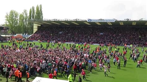 lincoln city f impvasion at sincil bank lincoln city f c