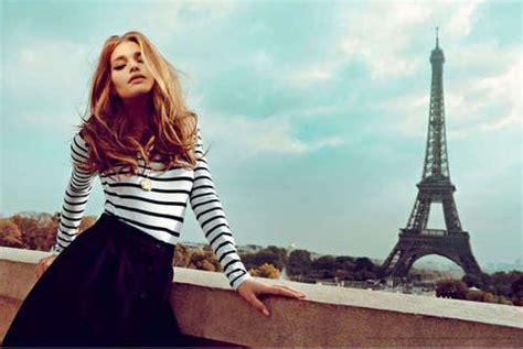 the hair of parisiene women fashion in paris