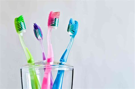 Sikat Gigi sikat gigi rentan terkontaminasi jutaan bakteri cegah