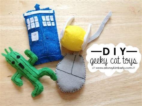 Diy Cat Toys From Marmalade by Diy Geeky Cat Toys Allonsykimberly Diy