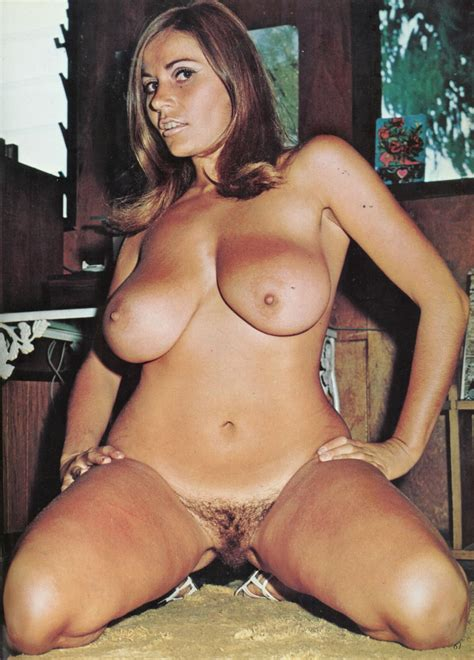 Bachelor Girls 21 Detail uschi digard Sorted By Position Luscious