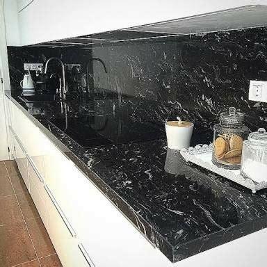 cubierta  cocina en marmol negro marquina