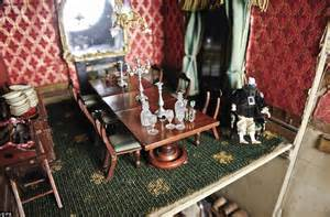 the dolls house liverpool victorian doll s house goes to chorley s auction for 163 10 000 daily mail online