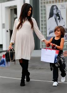 ideas for hair styles when giving birth kourtney kardashian s maternity style project nursery