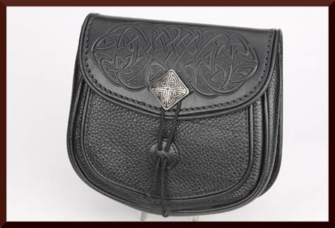leather pouches scottish sporrans and medieval leather sporran pouch renaissance leather quality hand crafted