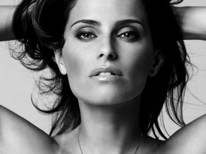 black and white wallpaper of actress nelly furtado black and white wallpaper nelly furtado