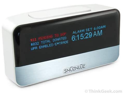 snūznlūz wifi donation alarm clock thinkgeek