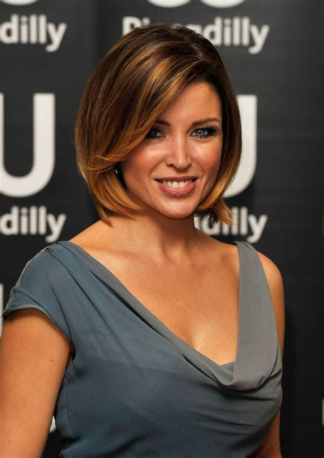 chin lenght hair styles trying to grow out top 10 chin length bob hairdos fashion trend